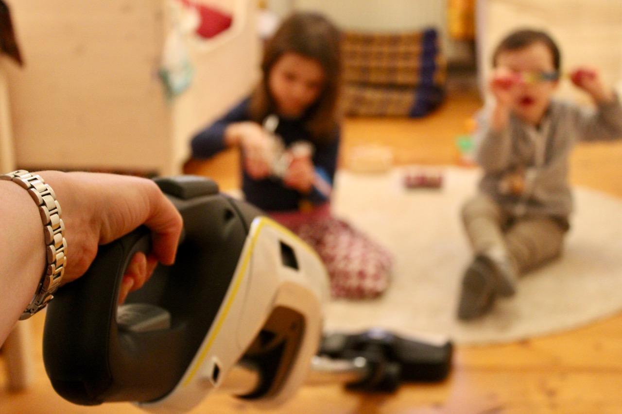 ein staubsauger ohne kabel der k rcher vc 5 cordless. Black Bedroom Furniture Sets. Home Design Ideas